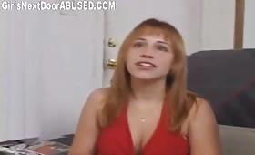 Секси студентка прави минет и се ебе