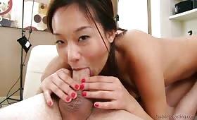 Руско порно със секси азиатка